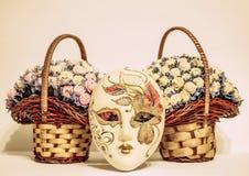 Carnaval-masker met rozen Royalty-vrije Stock Afbeeldingen