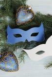 Carnaval-maskers op Kerstmisboom Royalty-vrije Stock Foto
