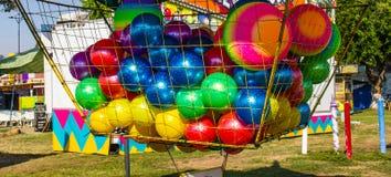 Carnaval-Spel bij de Kleine Markt van de Provincie stock foto
