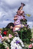 Carnaval van Nice, Bloemen` slag Dit is de belangrijkste de wintergebeurtenis van Riviera Vlagdragers Royalty-vrije Stock Foto