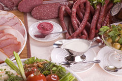 Carne ahumada y diversas salchichas Imagen de archivo libre de regalías