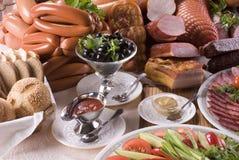 Carne ahumada y diversas salchichas Fotografía de archivo libre de regalías