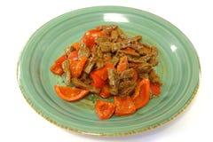 A carne & a pimenta de Bell vermelha agitar-fritam em Satay Fotos de Stock Royalty Free