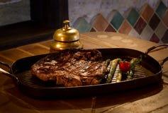 Carne arrostita con le verdure Fotografia Stock
