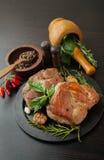 Carne asada con las especias Fotografía de archivo