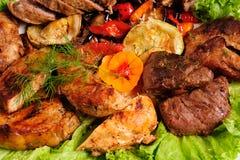 Carne asada con las verduras cocidas Fotografía de archivo