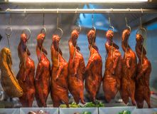 Carne asada Duck Hanging imagen de archivo