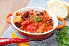 carne chili przeciwko Fotografia Stock
