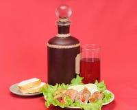 Carne con el vino Foto de archivo libre de regalías