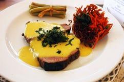 Carne con salsa Fotografie Stock Libere da Diritti