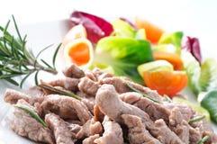 Carne cozinhada com vegetais e rosemary Imagens de Stock