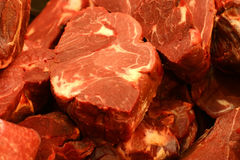 Carne crua vermelha Fotos de Stock Royalty Free