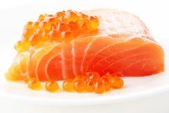 Carne de color salmón de las huevas y de los salmones Fotografía de archivo
