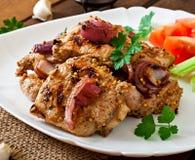 Carne de porco cortada grelhada com vegetais Imagens de Stock Royalty Free