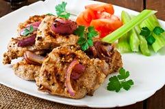 Carne de porco cortada grelhada com vegetais Imagem de Stock