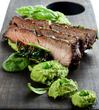Carne de porco Roasted e verde Pea Puree Foto de Stock