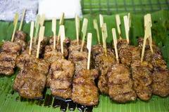 Carne de porco tailandesa Satay Moo Yang fotografia de stock royalty free