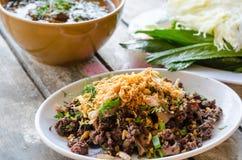 Carne de porco triturada picante ou pratos tailandeses triturados picantes da salada da carne de porco Imagem de Stock Royalty Free