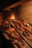 Carne de vaca asada en el barbacue Fotos de archivo libres de regalías