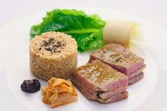 Carne de vaca coreana asada a la parrilla con arroz Imagenes de archivo