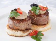 Carne de vaca de la carne con fua-gra Fotografía de archivo libre de regalías