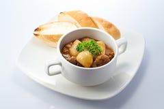 Carne de vaca del curry con pan Imagen de archivo libre de regalías