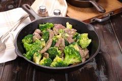 Carne de vaca y bróculi Fotografía de archivo libre de regalías