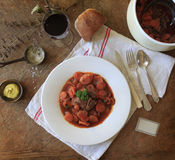 Carne de vaca y zanahorias francesas de la comida Fotografía de archivo libre de regalías