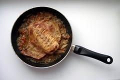 Carne del coniglio con le verdure Immagini Stock