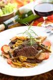 Carne deliciosa no vinho imagens de stock royalty free