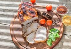 Carne di maiale arrostita con gli ortaggi freschi Fotografia Stock