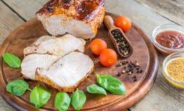 Carne di maiale arrostita con gli ortaggi freschi Fotografia Stock Libera da Diritti