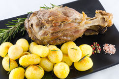 Carne di maiale e patata fotografia stock