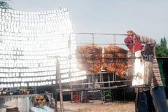 Carne di maiale Solare-arrostita col barbecue da un vetro Immagine Stock