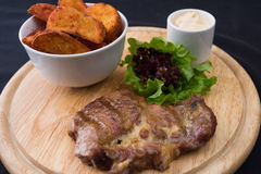 Carne e batatas Imagens de Stock Royalty Free