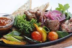 Carne e sause cotti Fotografie Stock Libere da Diritti