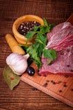 Carne e spezia grezze Fotografie Stock Libere da Diritti