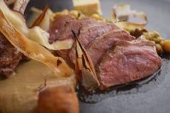 Carne e vegetais cortados Foto de Stock