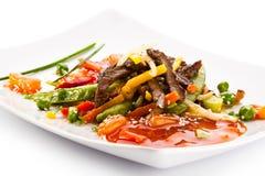 Carne e vegetais Roasted Fotos de Stock