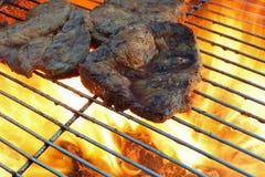 Carne en parrilla de la barbacoa Imagen de archivo