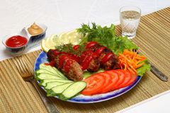 Carne fritada com vedetables Imagens de Stock Royalty Free