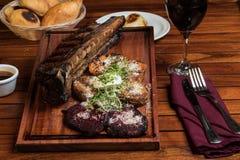 Carne grelhada Fotos de Stock