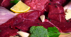 Carne grezza fresca stock footage
