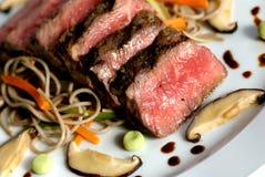 Carne japonesa Seared imagens de stock
