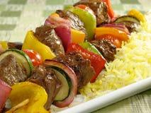 Carne Kebab e arroz do aç6frão Imagem de Stock