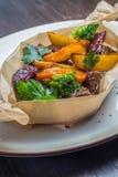 Carne roasted com batatas imagem de stock royalty free