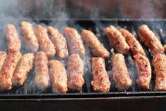 Carne saboroso Roasted em uma grade Fotos de Stock