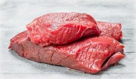 Carne sin procesar pedazos de carne de vaca imagen de archivo
