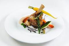 Carne suculenta com vegetais Imagens de Stock