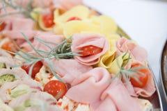 Carne suina slovacca dell'alimento sulla tavola di buffet Immagini Stock